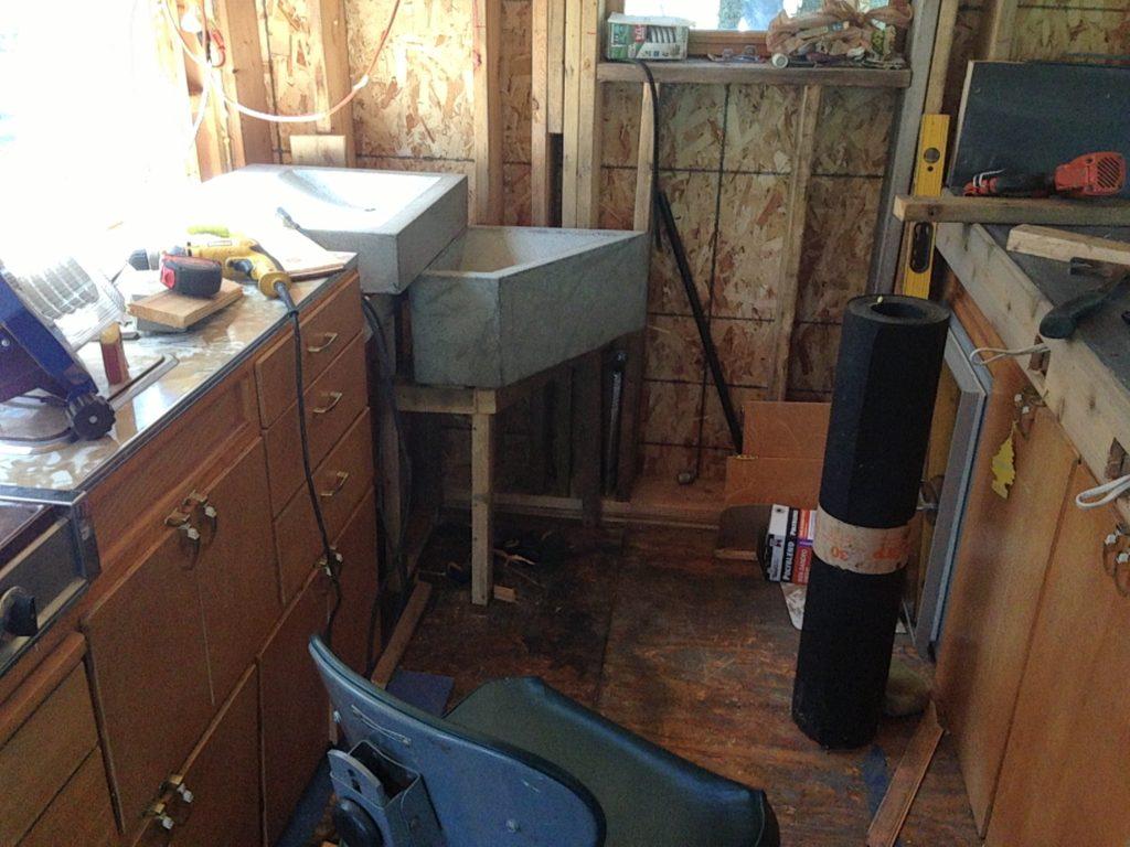 Blue House Construction kitchen 9