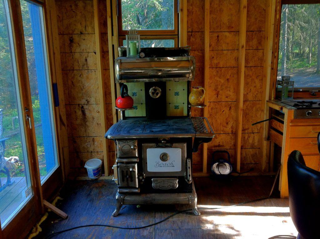 Blue House construction kitchen2